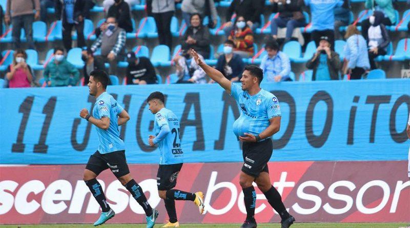 """Luis Musrri: """"Hay que felicitar a los jugadores"""""""